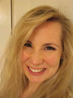 Dr Philippa Tomzak