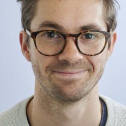 Simon  Larmour
